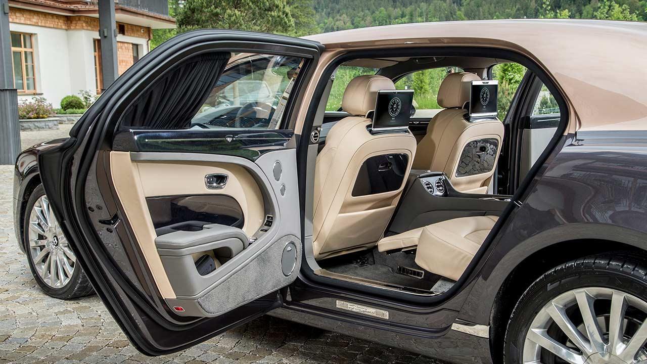 Bentley Mulsanne Extended Wheelbase - mit offener Tür