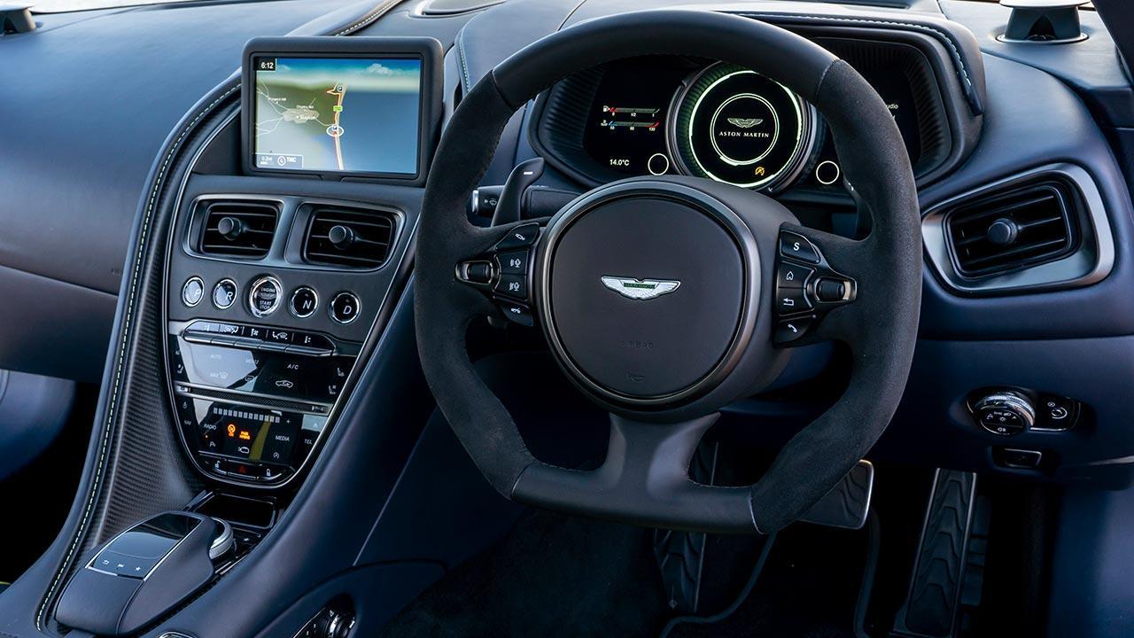 Aston Martin DB11 - Cockpit