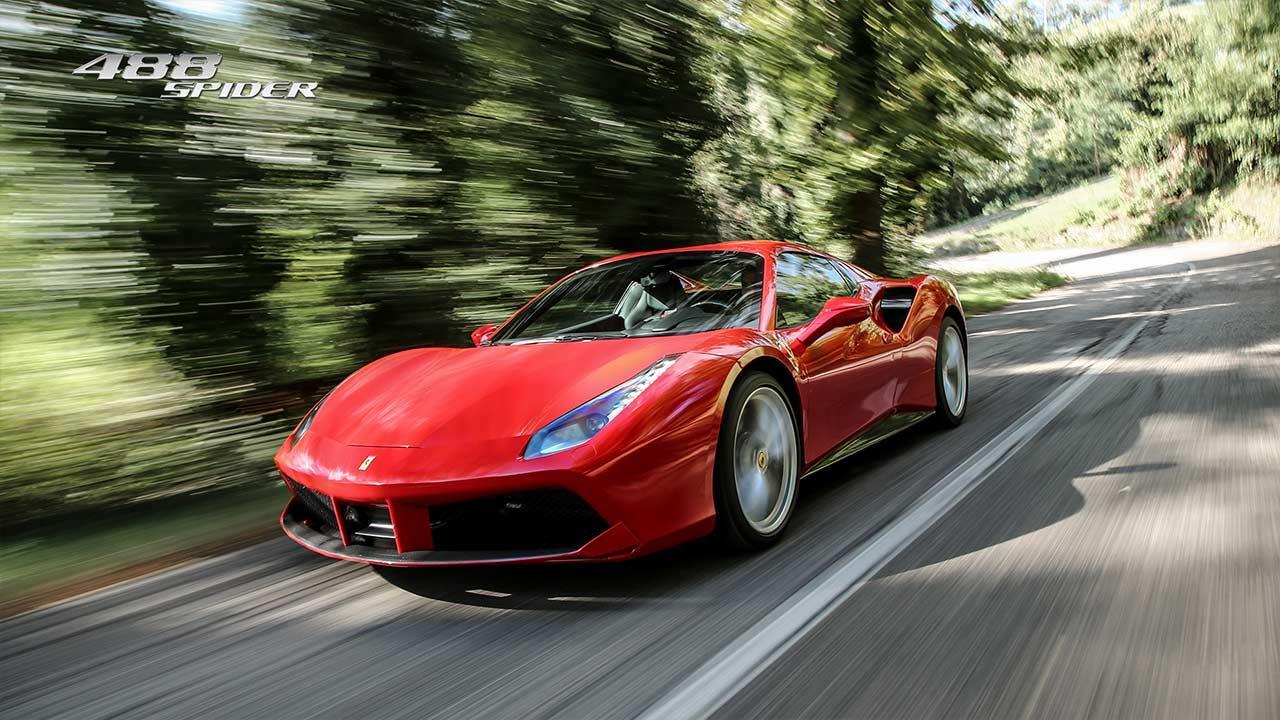 Ferrari 488 Spider - in voller Fahrt