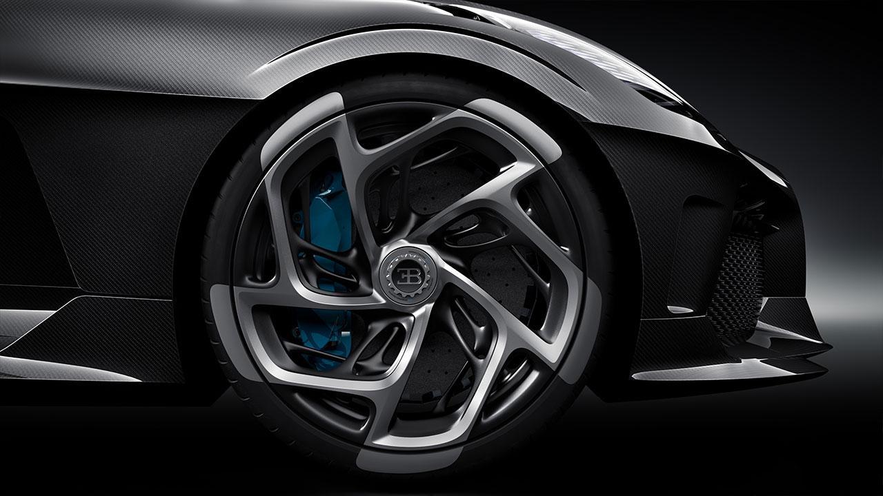 Bugatti La Voiture Noire - Vorderrreifen