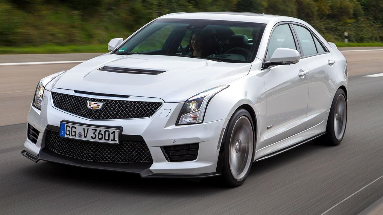 Cadillac ATS-V Limousine - in voller Fahrt