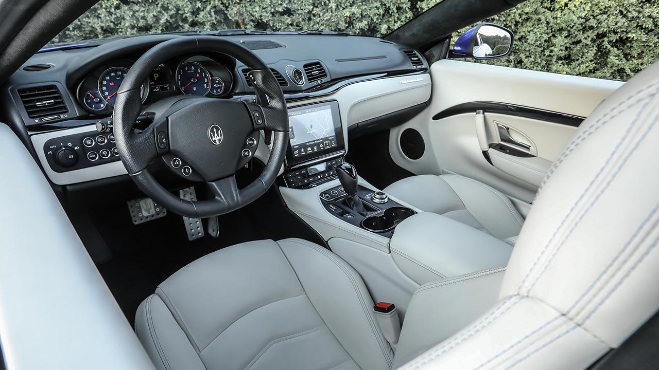 Maserati GranTurismo Sport - Cockpit