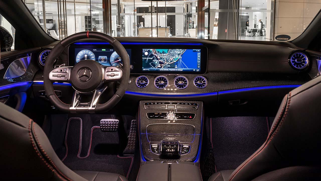 Mercedes-AMG CLS 53 4MATIC+ Coupé - Cockpit