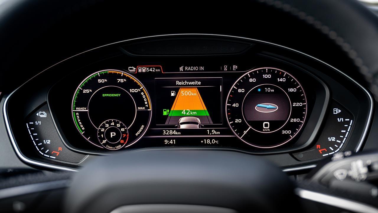 Audi Q5 55 TFSI e quattro - Instrumente