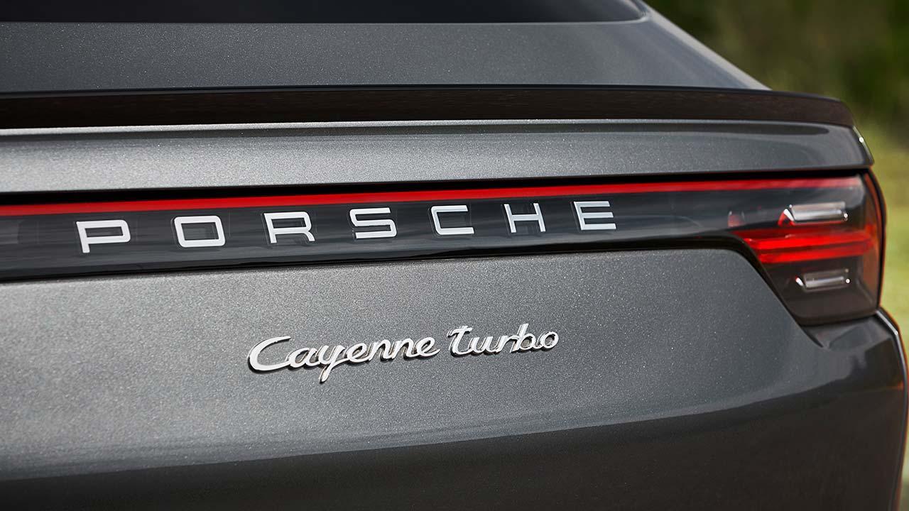 Porsche Cayenne Turbo Coupé - Schriftzug
