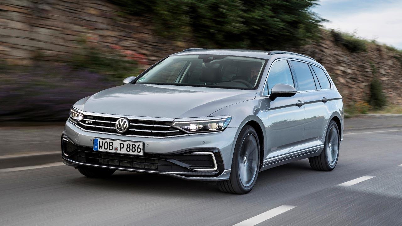 Volkswagen Passat GTE Variant - in voller Fahrt