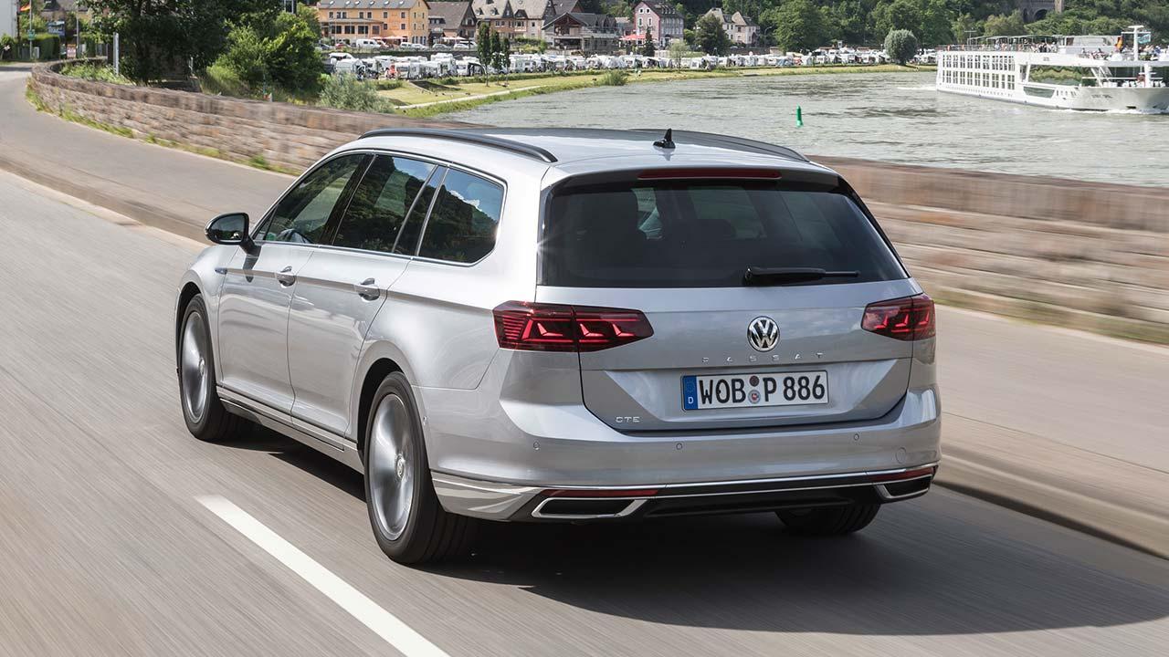 Volkswagen Passat GTE Variant - Heckansicht