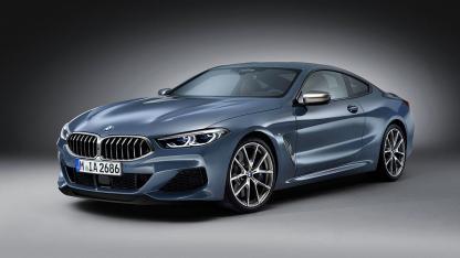 BMW M8 Coupé - seitliche Frontansicht