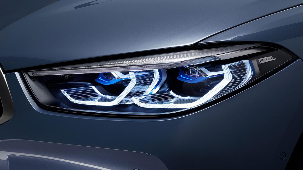 BMW M8 Coupé - Scheinwerfer