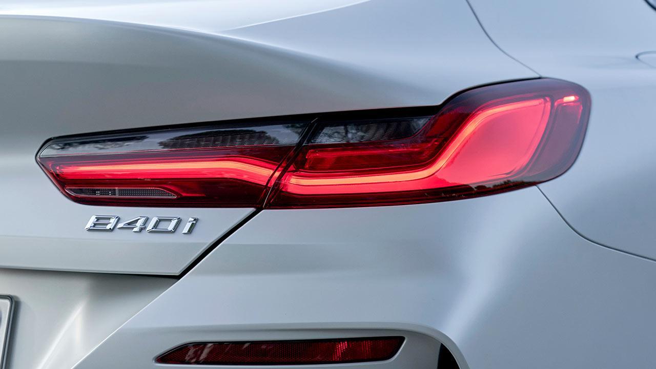 BMW 8er Gran Coupé - Schriftzug