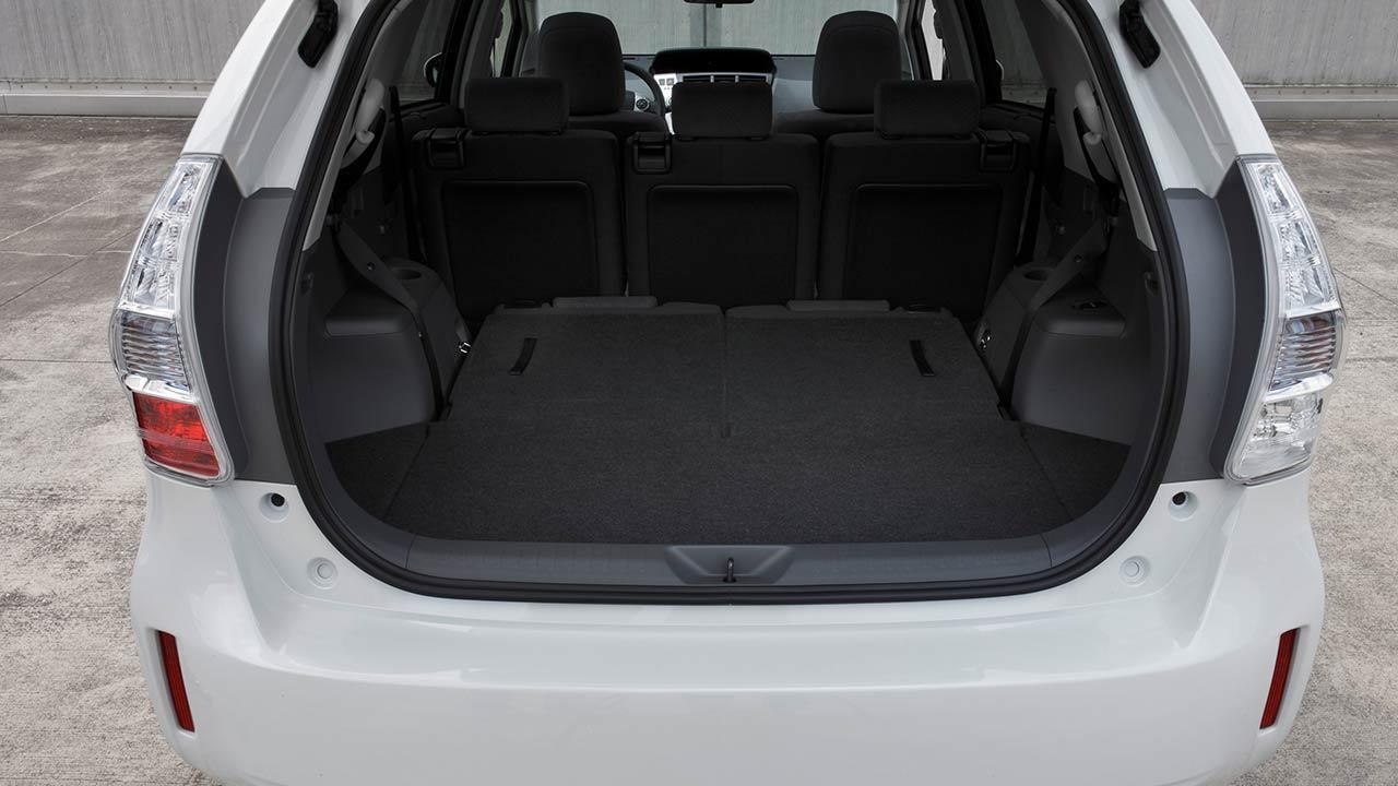 Toyota Prius Plus - mit offener Heckklappe