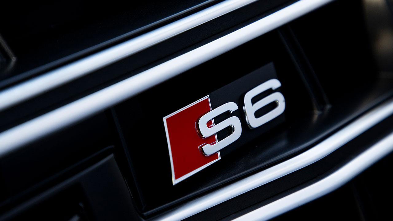 Audi S6 Limousine - Schriftzug