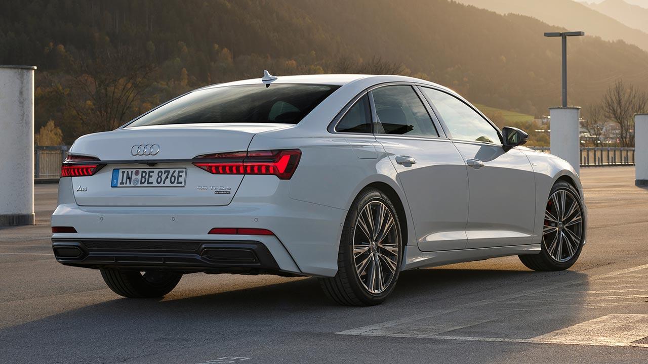 Audi A6 Limousine TFSI e - in den Bergen