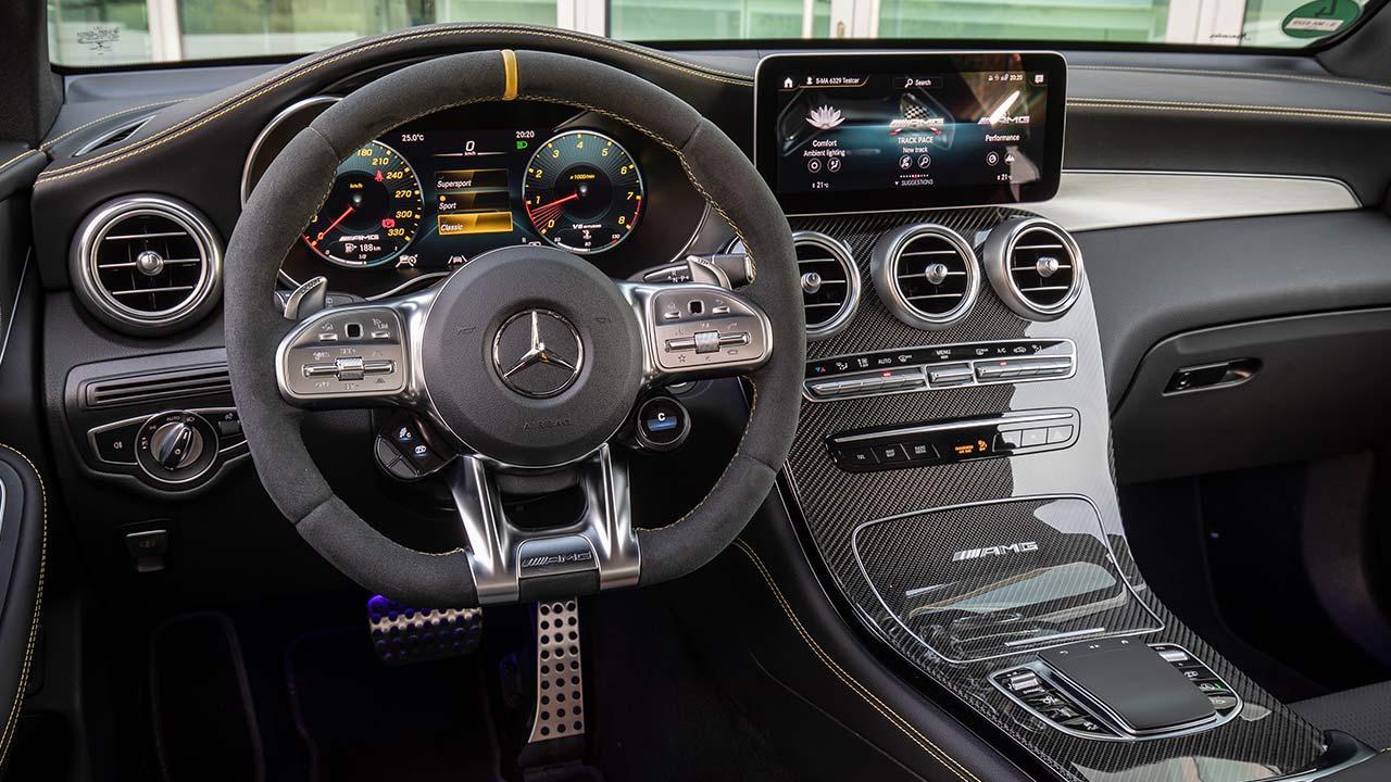 Mercedes-AMG GLC 63 S 4MATIC+ SUV - Cockpit