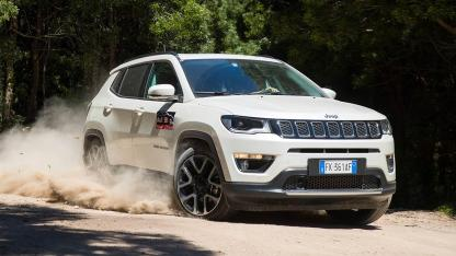 Jeep Compass - in voller Fahrt