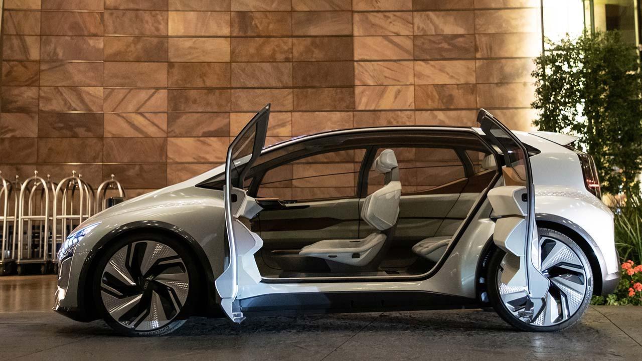 Audi AI:ME - offenen Türen