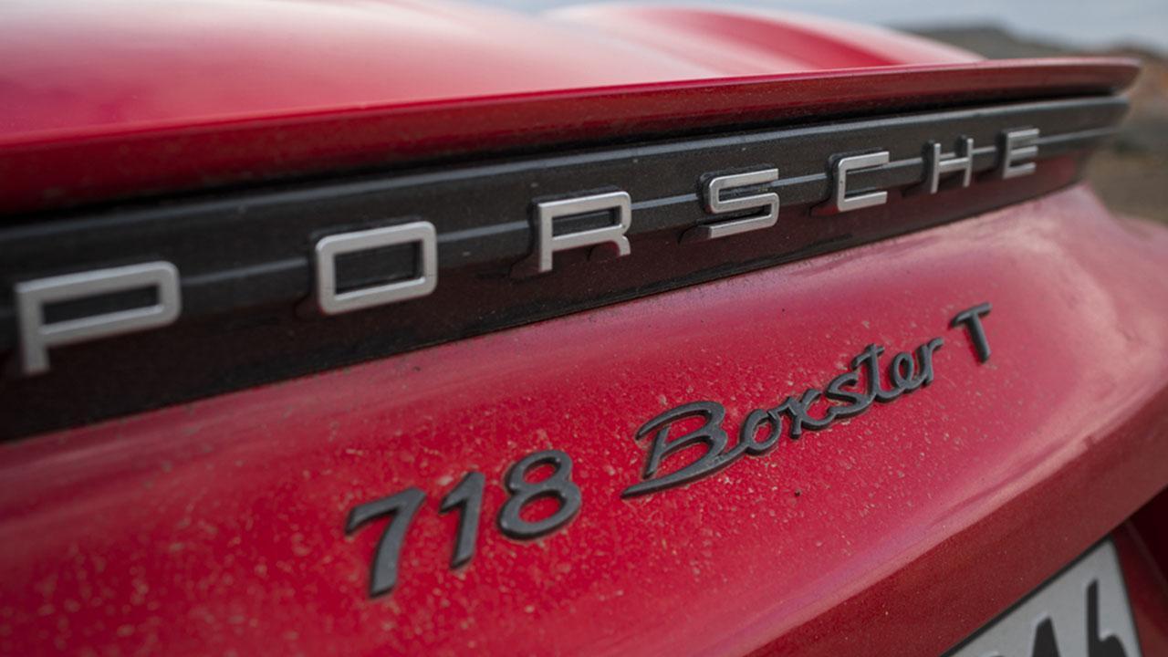 Porsche Boxster 718 T - Schriftzug