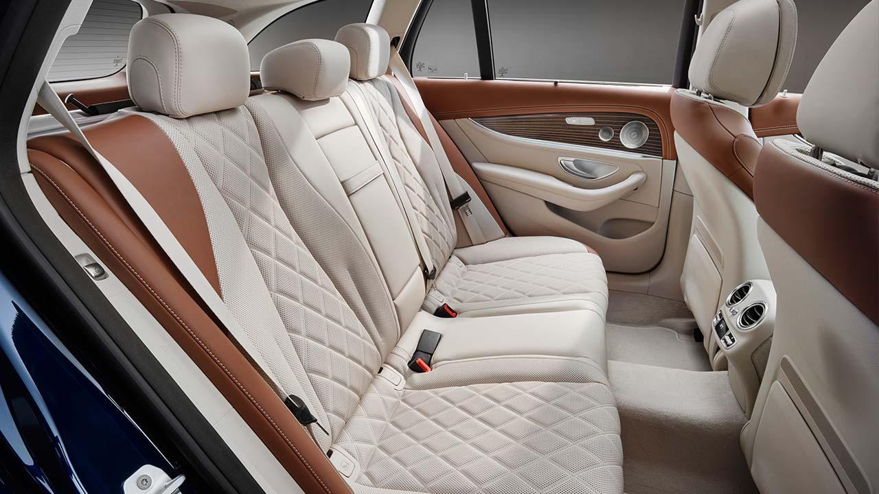 Mercedes-Benz E-Klasse T-Modell - Rücksitze