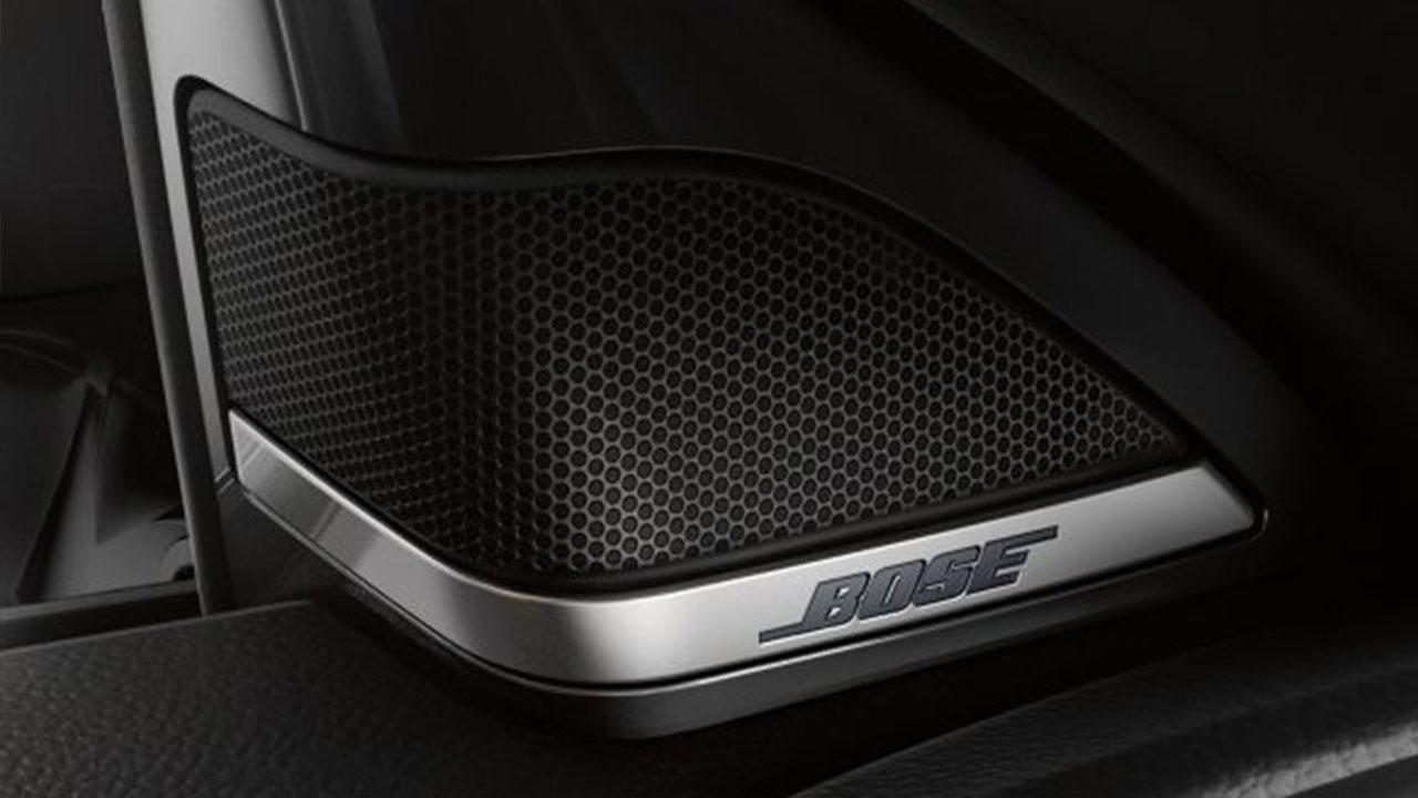 Infiniti Q30 Pure - Bosebox