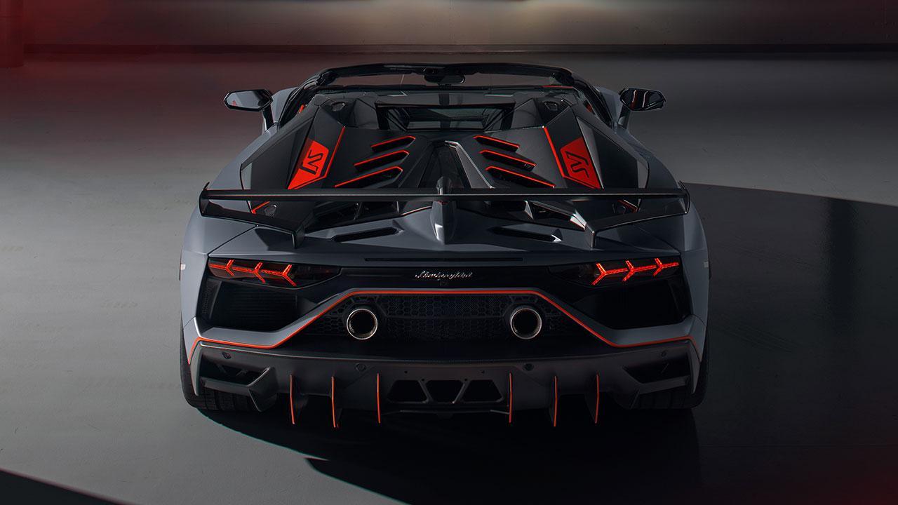 Lamborghini Aventador SVJ Roadster - Heckansicht in Grau