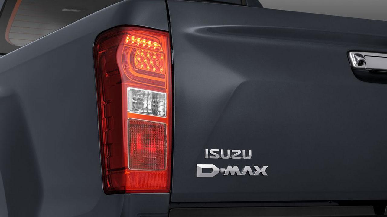 Isuzu D-MAX DOUBLE CAB - Schriftzug