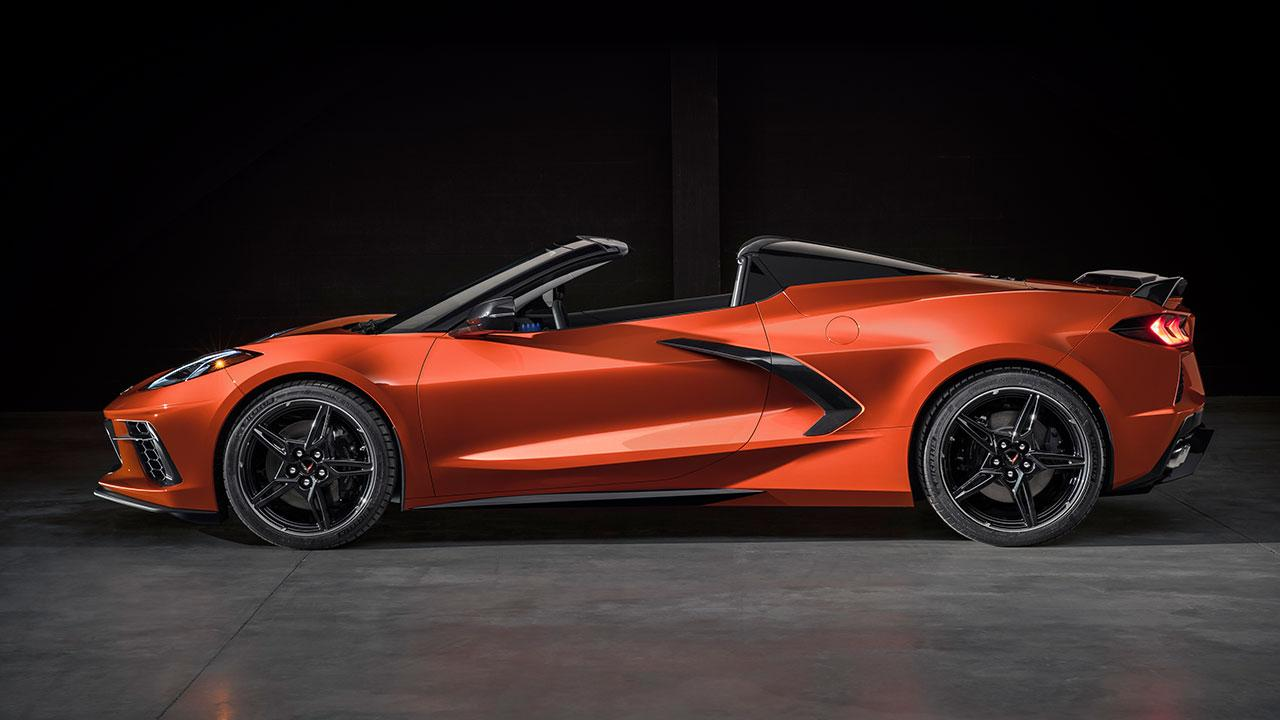 Chevrolet Corvette Stingray Convertible - Seitenansicht