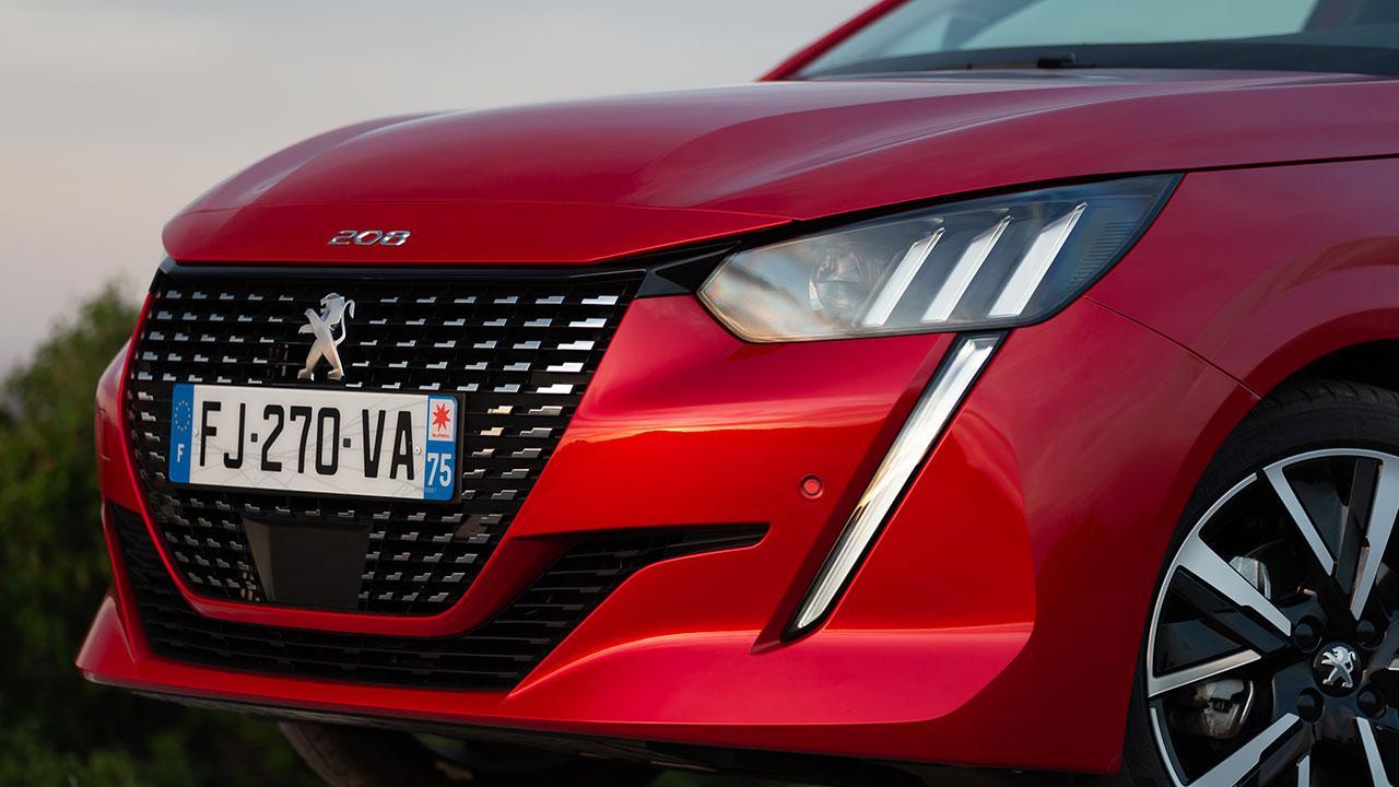 Neuer Peugeot 208 - Front