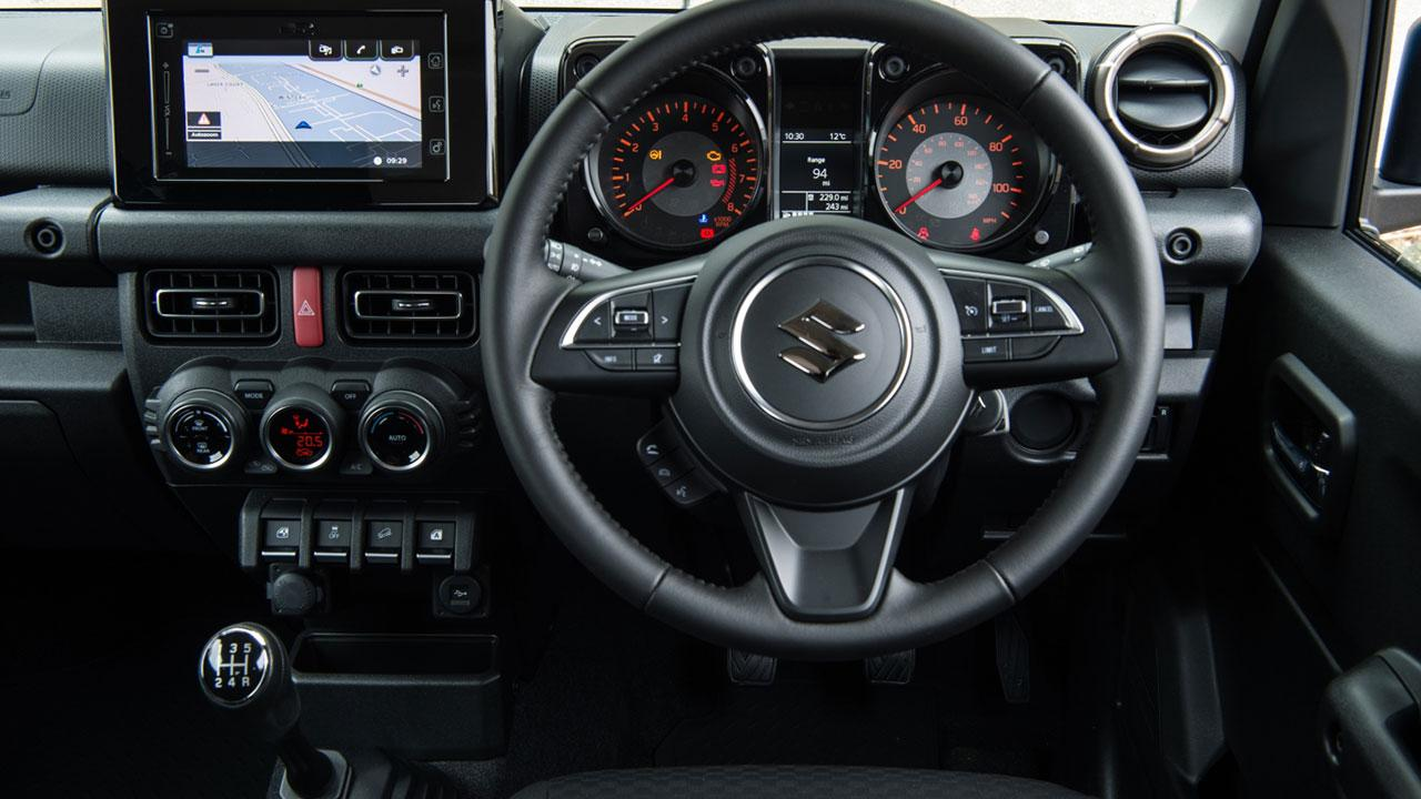 Suzuki Jimny  - Cockpit