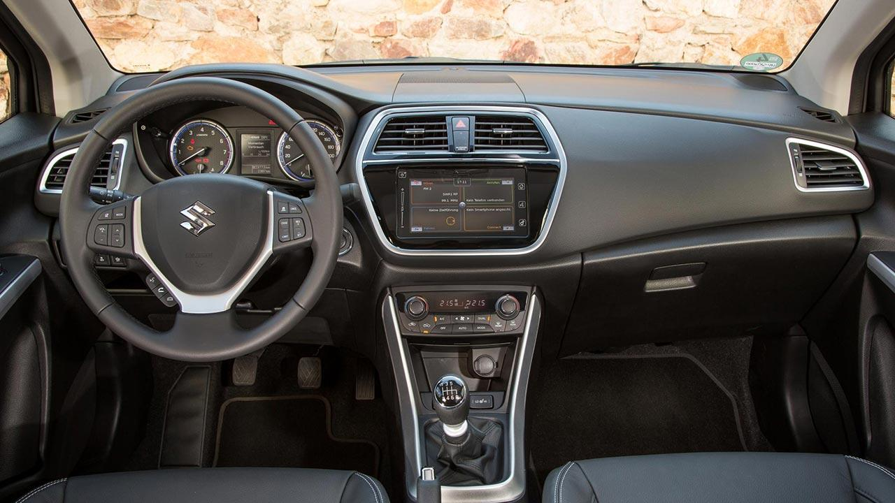 Suzuki SX4 S-Cross - Cockpit