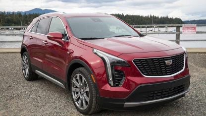 Cadillac XT4 Launch Edition Sport - an der Küste