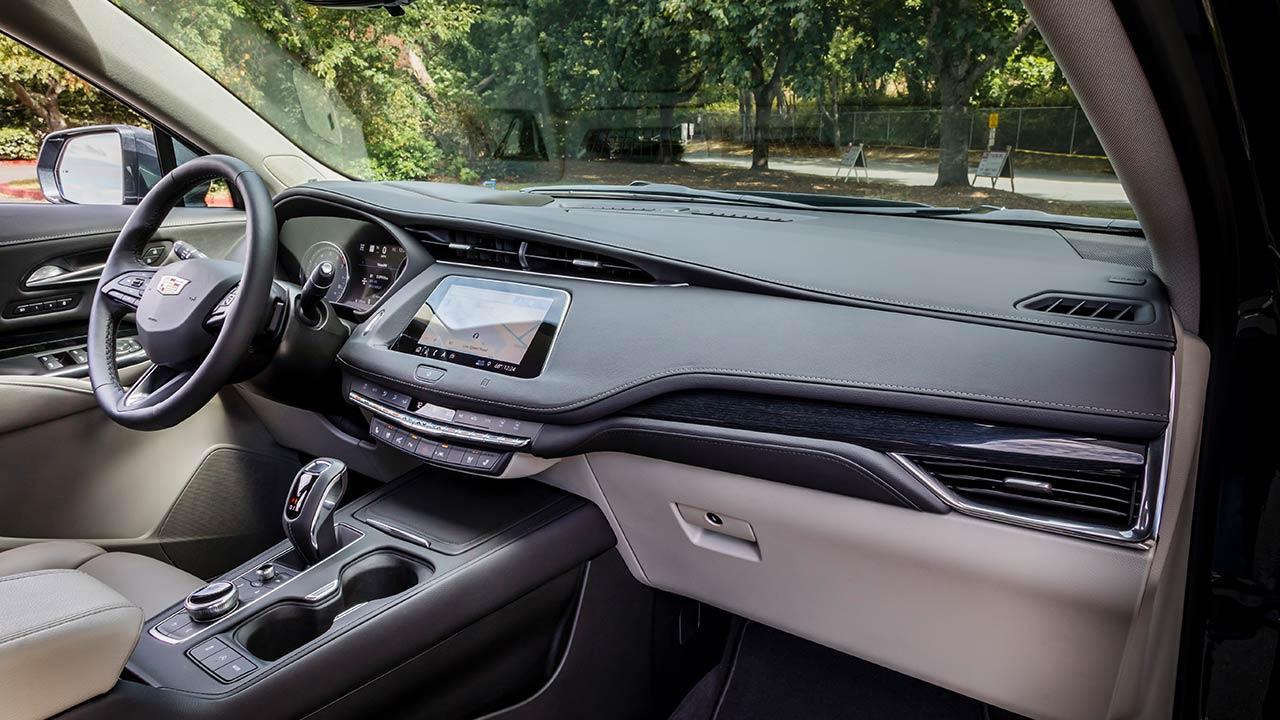 Cadillac XT4 Launch Edition Sport - Cockpit