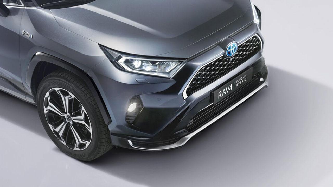 Toyota RAV4 Plug-in Hybrid - Front
