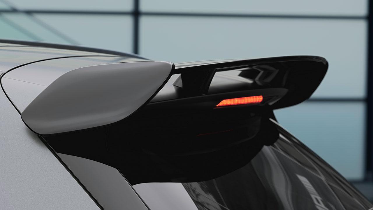 Mercedes-AMG GLA45 S 4MATIC - Spoiler