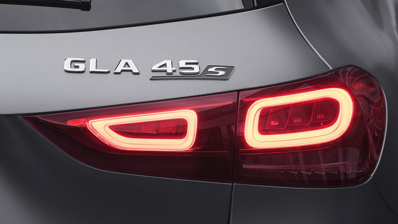 Mercedes-AMG GLA45 S 4MATIC - Rücklicht