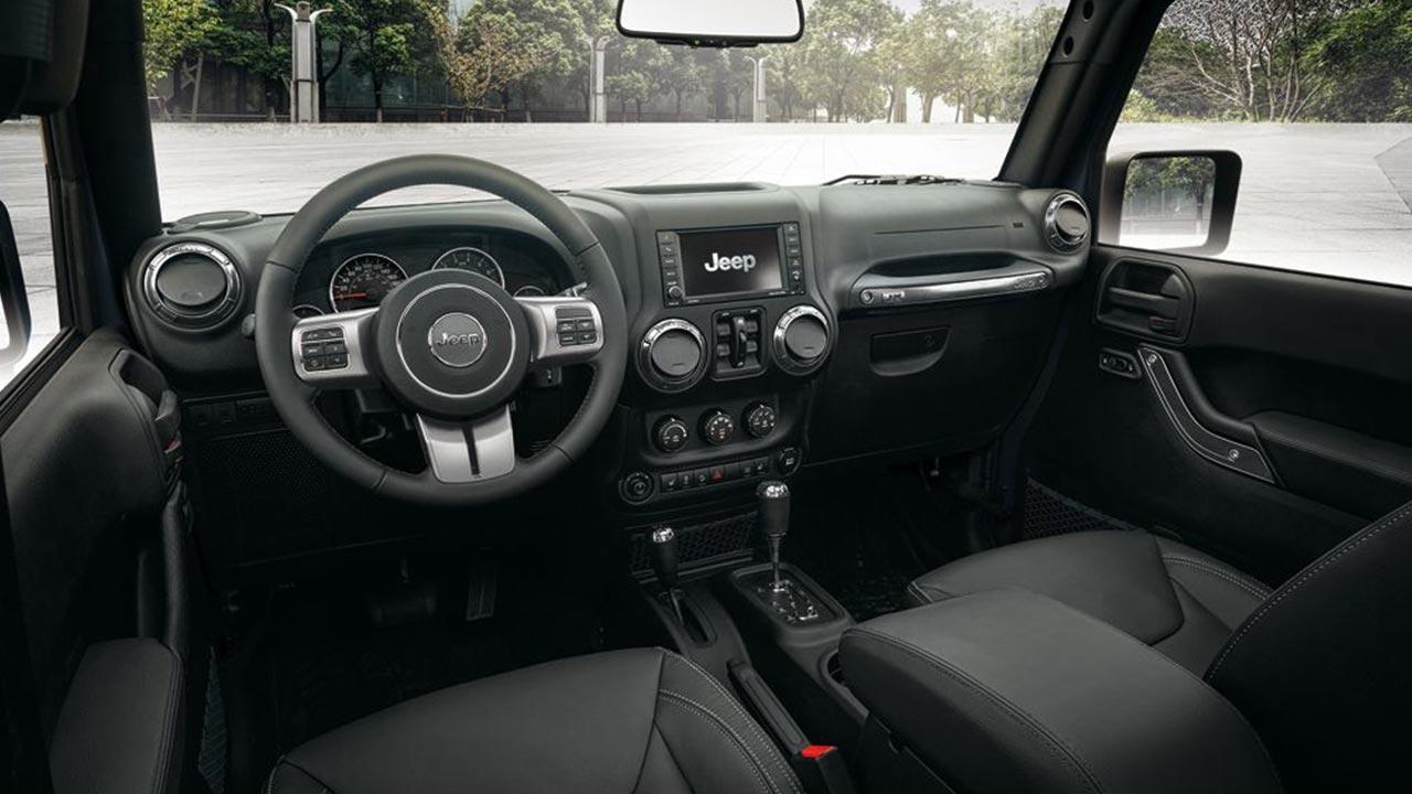 Jeep Wrangler - Cockpit