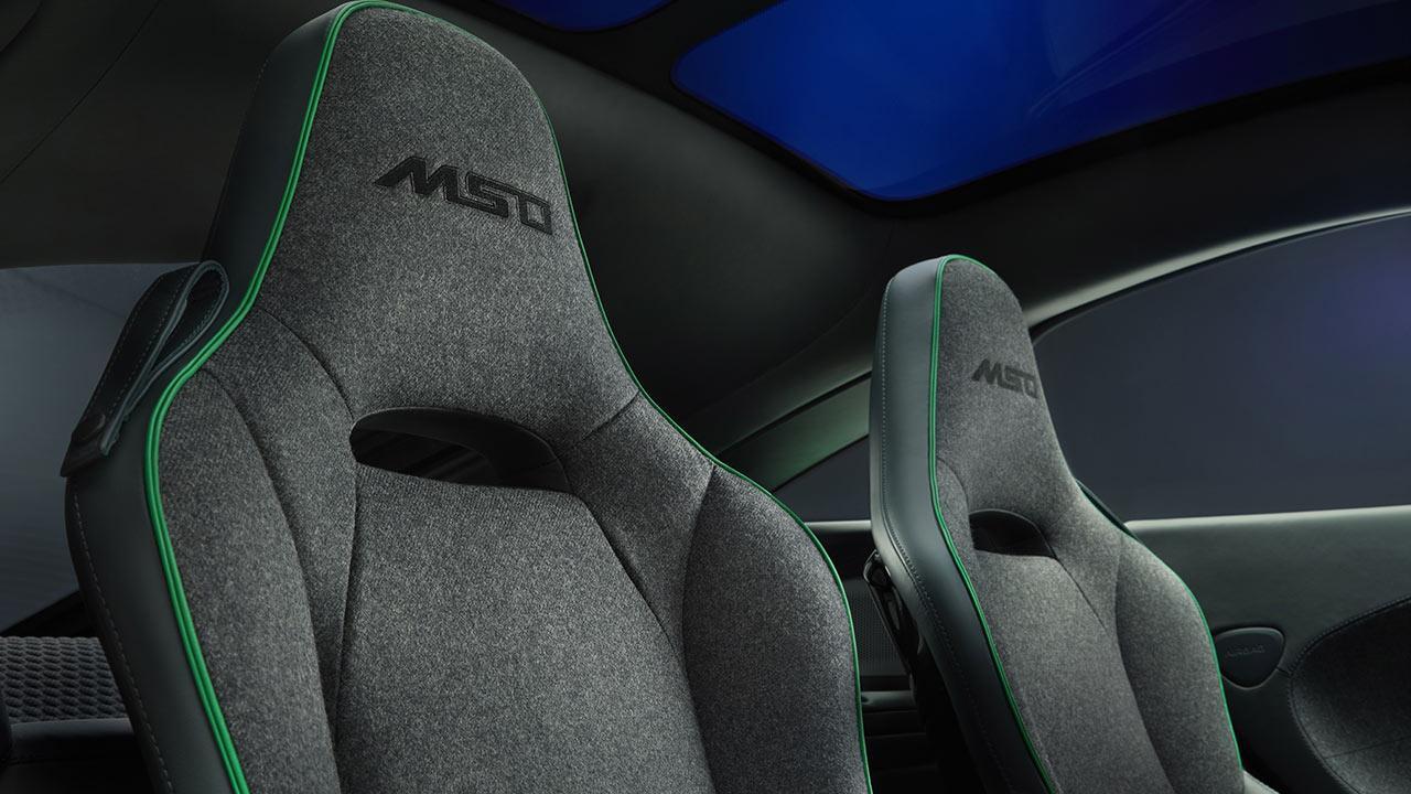 McLaren Thema GT von MSO - Sitze mit Schriftzug