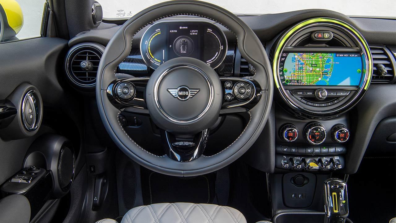 MINI Electric - Cockpit