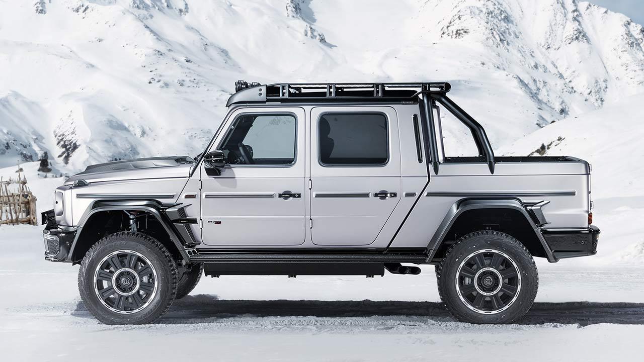 BRABUS 800 Adventure XLP -  Seitenansicht im Schnee