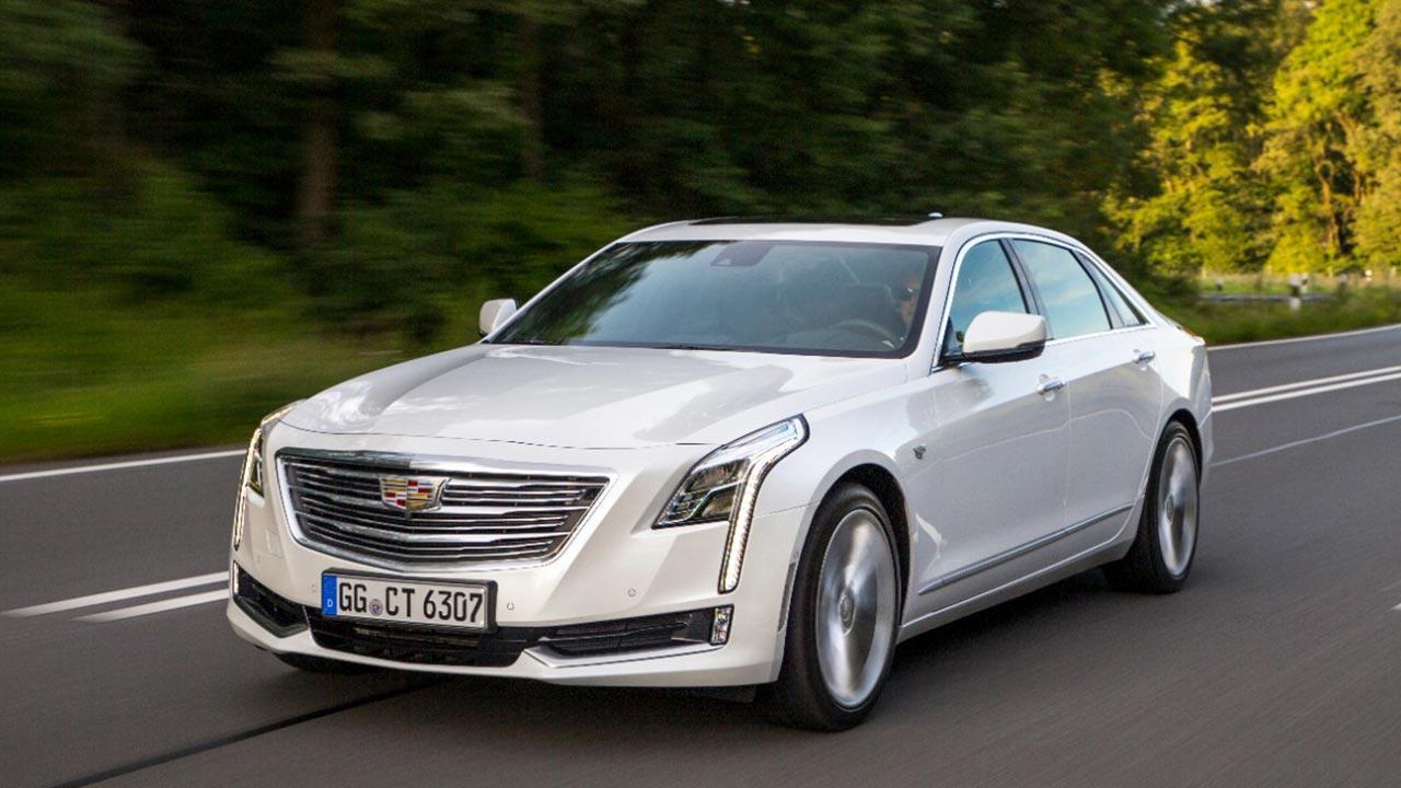 Cadillac CT6 - auf der Landstrasse