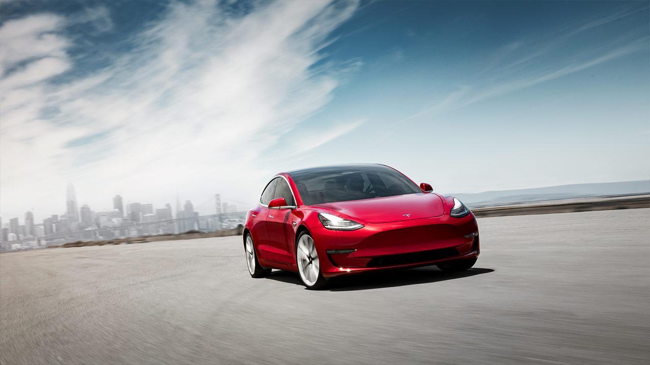 Tesla Model 3 - Frontansicht