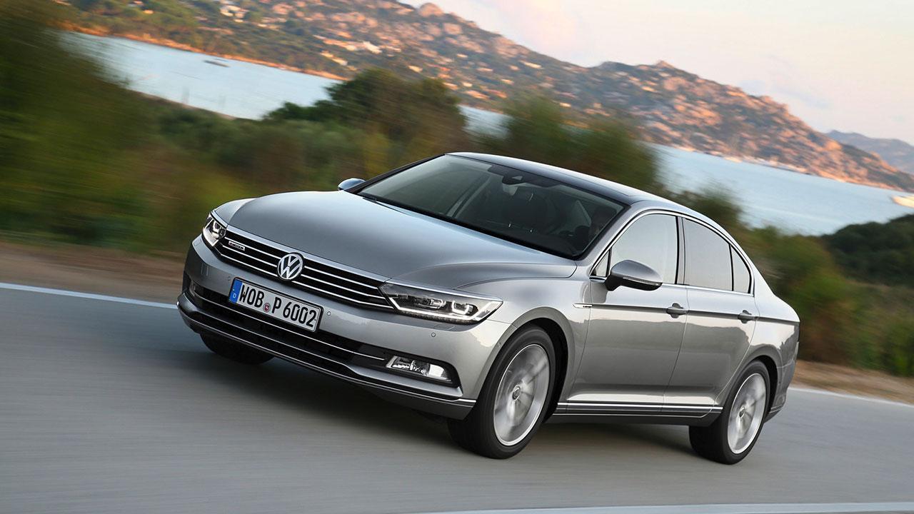 Volkswagen Passat - auf der Landstrasse