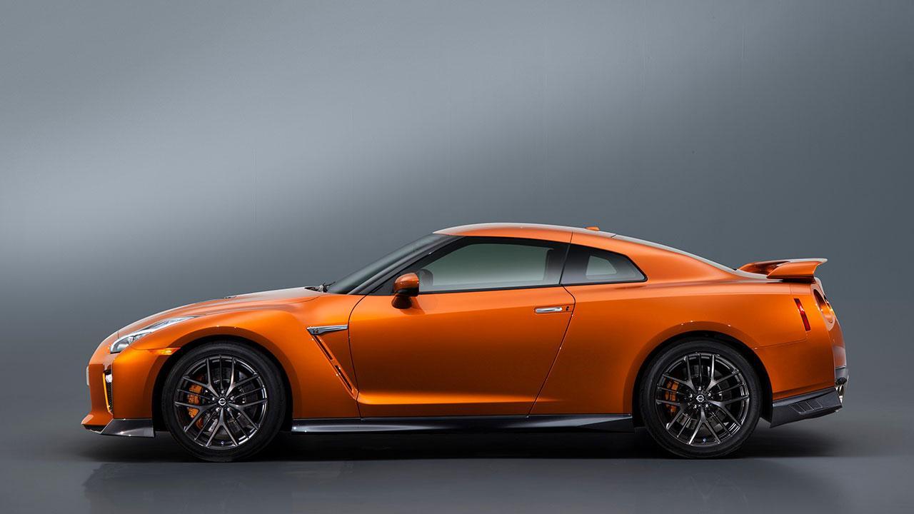 Nissan GT-R - Seitenansicht