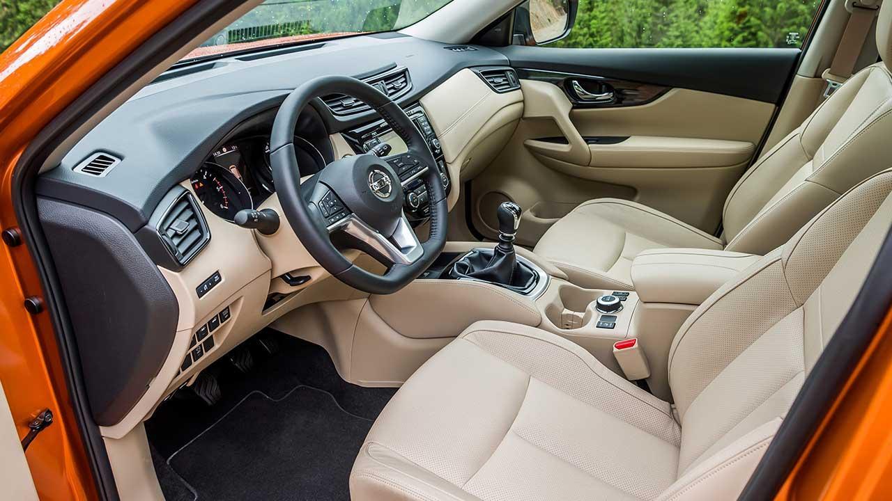 Nissan X-Trail - Cockpit