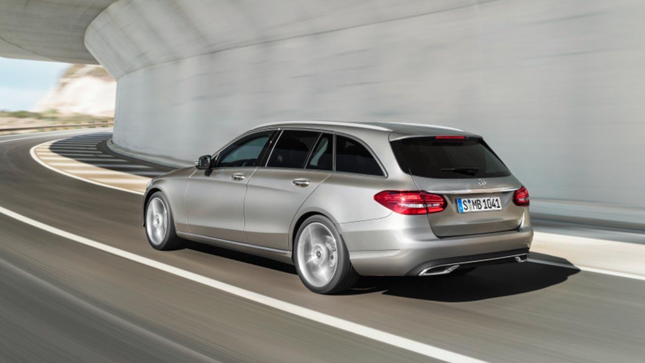 Mercedes-Benz C-Klasse - auf der Straße