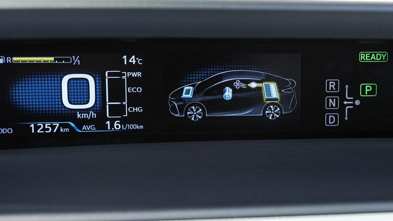 Toyota Prius Plug-in Hybrid - Batterieanzeige