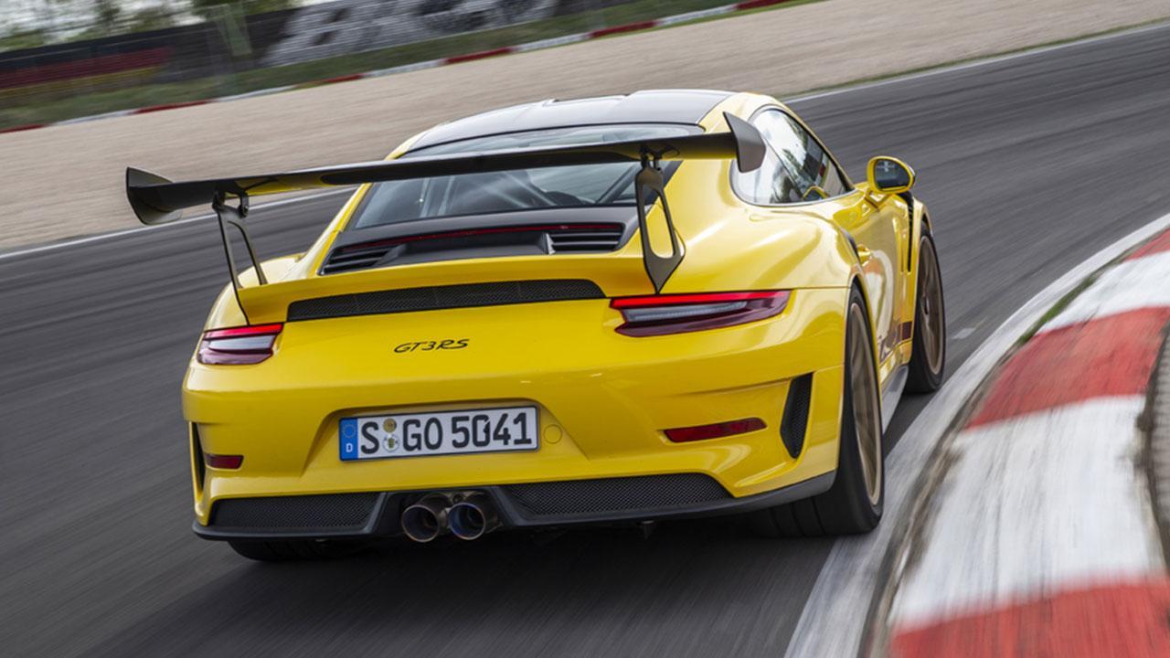 Porsche 911 GT3 RS - in Gelb auf der Rennstrecke