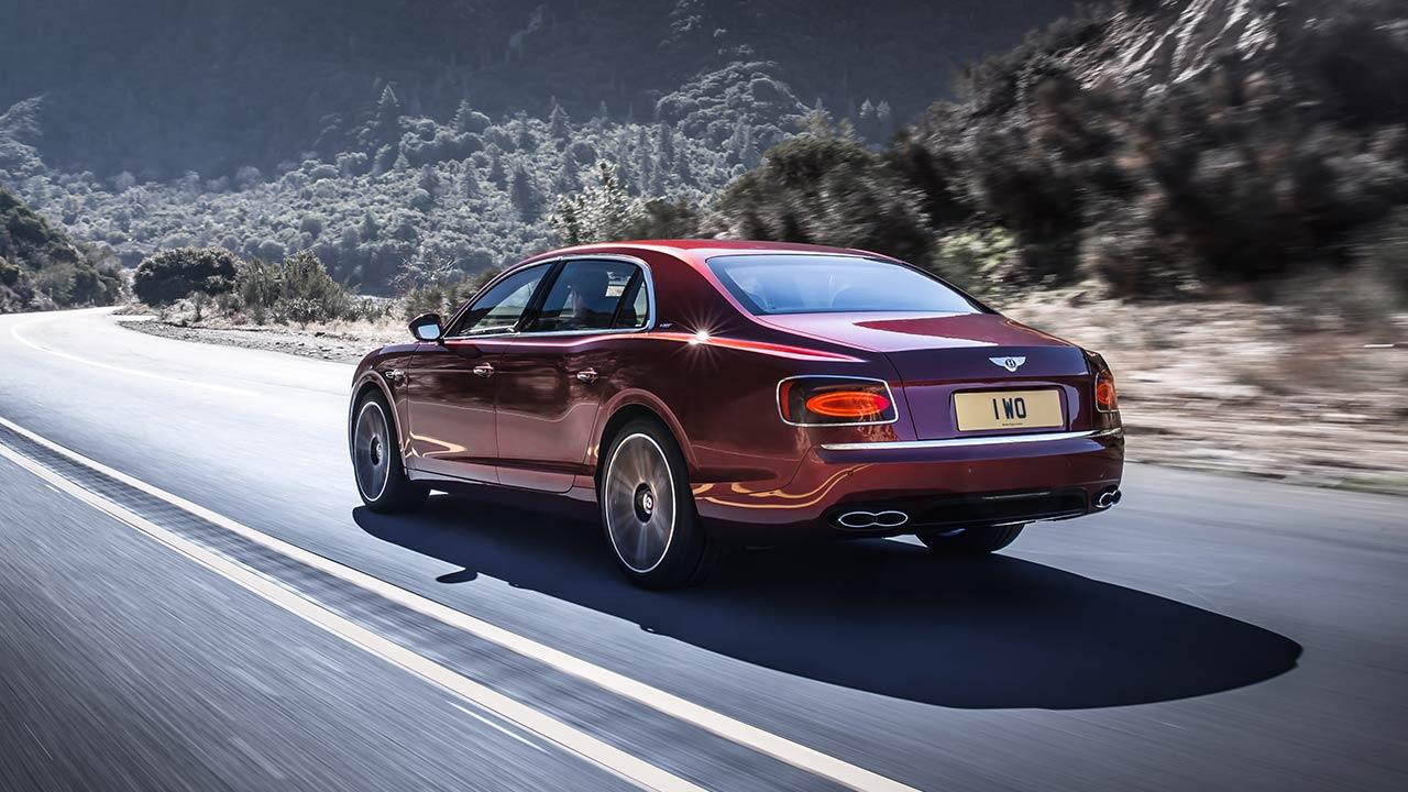 Bentley Flying Spur V8 - Heckansicht