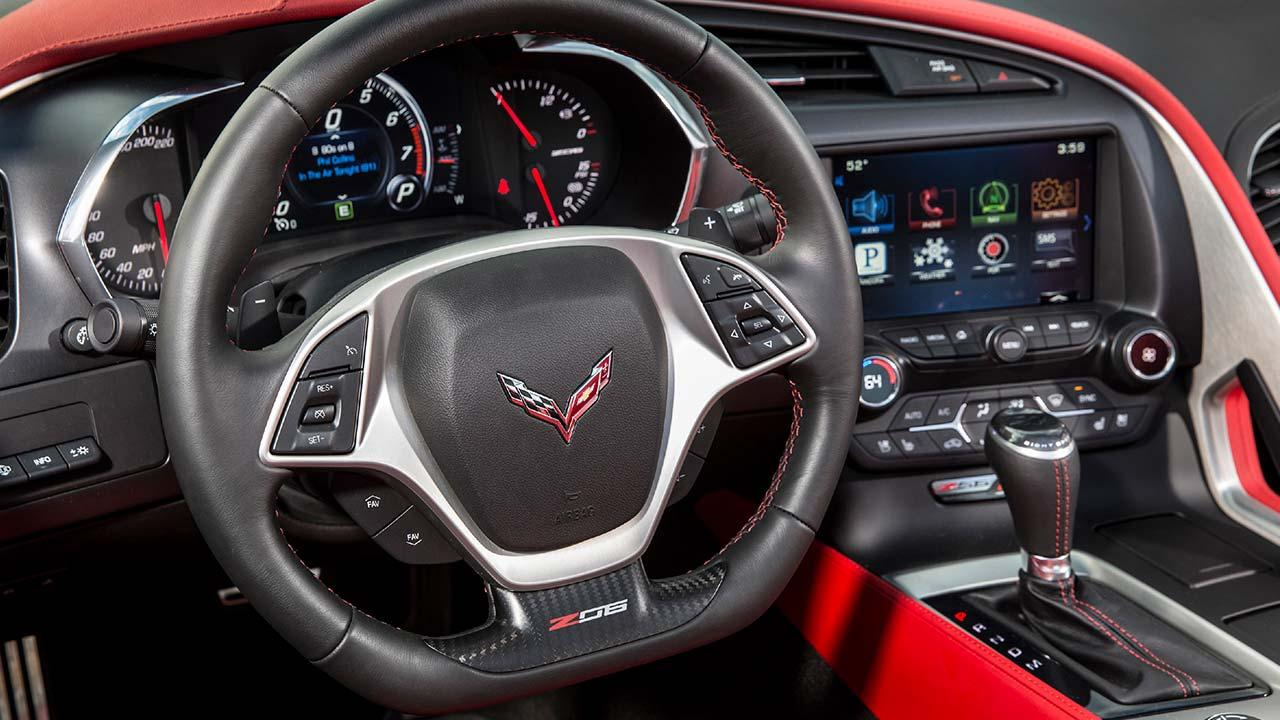 Chevrolet Corvette Z06 - Cockpit