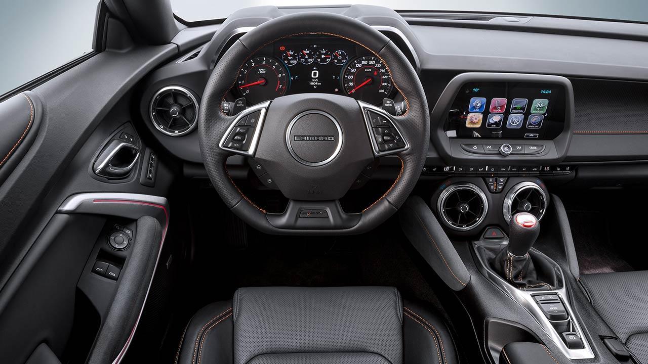 Chevrolet Camaro Cabrio - Cockpit