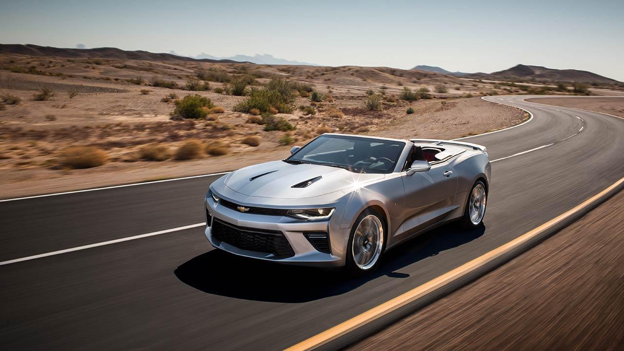 Chevrolet Camaro Cabrio - durch die Wüste
